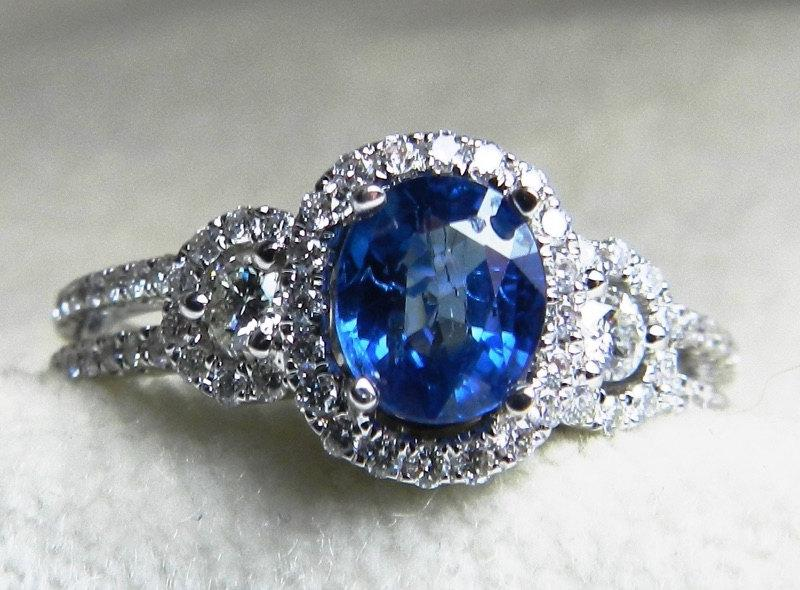 Mariage - Sapphire Engagement Ring Diamond Halo Ring 0.93 Carat Ceylon Blue Natural Sapphire 0.44 cttw round brilliant cut Diamond 18k White Gold