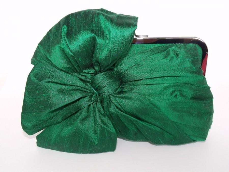 Hochzeit - SALE Silk Bow Clutch Emeral Green,Bridal Accessories,Bridal Clutch,Bridesmaid Clutch,Clutch Purse,Formal,Holiday Clutch