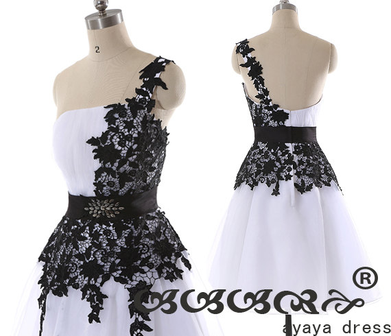 Mariage - Short Bridesmaid Dress , cheap bridesmaid dresses, white and black lace A Line zipper back knee length prom dress,homecoming dress ,