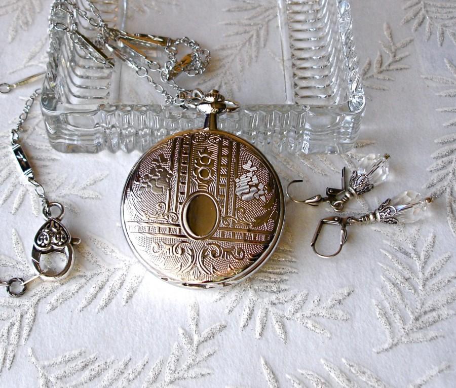 Свадьба - Art Nouveau Silver Floral Pocket Watch Locket Pendant Necklace Set Graduation Vintage Wedding Anniversary Wedding Bride Bridesmaid Maid gift