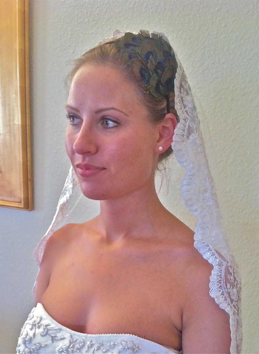 Mariage - Wedding Veil, Mantilla, Single layer, Lace Bridal veil with scalloped lace edge in Spanish style, silver or gold options