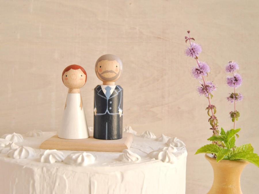 Свадьба - Semi Custom Cake Toppers. Bride and Groom Wedding Cake Topper. Wedding Decoration. Handmade Wedding Cake Toppers.