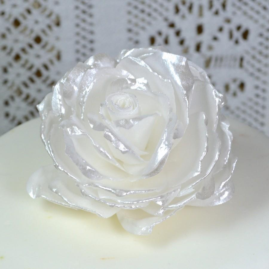 Edible White Pearl Lustre Rose - 3D Flowers - Wedding Cake Topper ...