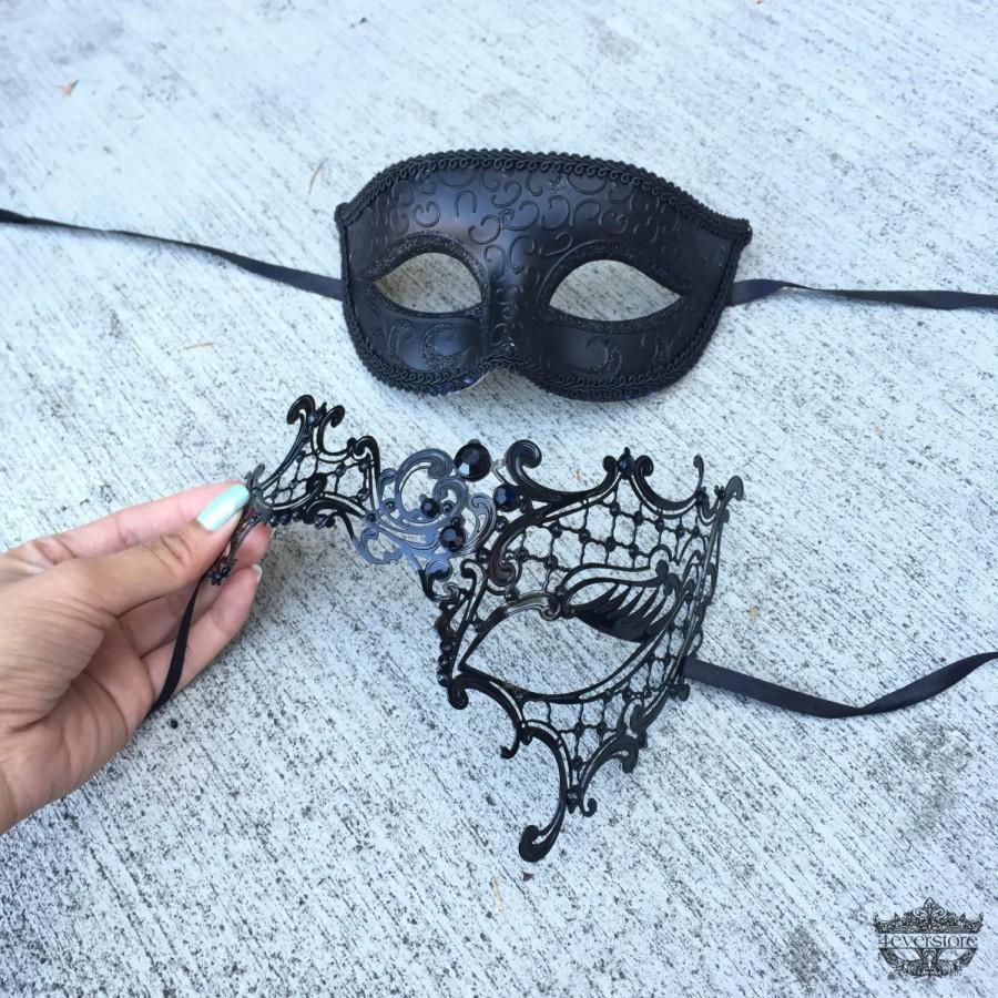 Mariage - Masquerade Mask, Couples Set, His & Hers Classic Phantom Masquerade Masks, Laser Cut Masquerade Mask with Rhinestones, [Opposite Opening]