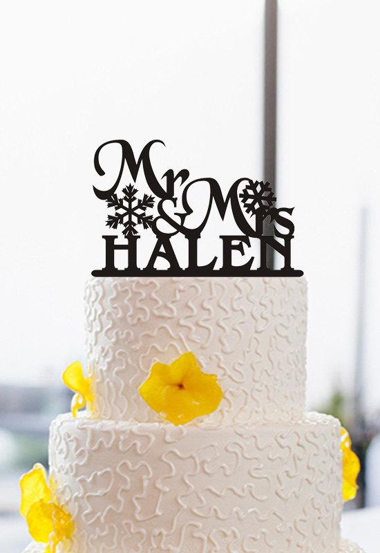Свадьба - Mr and Mrs Wedding Cake Topper-Acrylic Cake Topper-Snowflake Cake Topper-Christmas Cake Topper-Custom Last Name Cake Topper-Wedding Decor