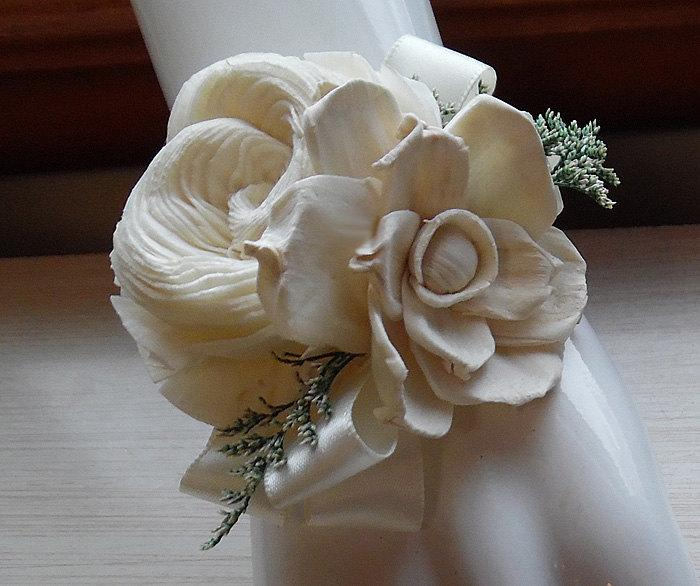 Свадьба - Wrist Corsage and/or Boutonniere, Sola Flowers, Rustic Country Wedding, Corsage & Boutonniere. Made to Order.