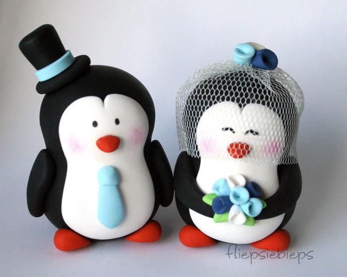 Hochzeit - Customise Penguin Wedding Cake Topper