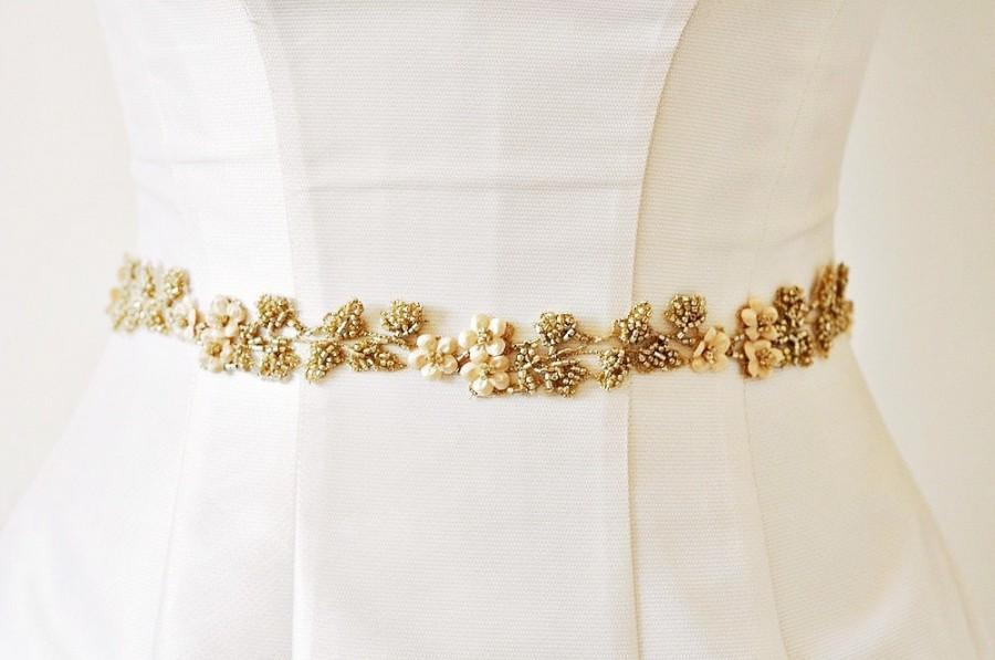 Свадьба - FLOWER SASH  wedding dress sash , Gold Sash, wedding FLOWER sash , Champagne bridal beaded sash wedding belt, bridal dress belt beaded belt