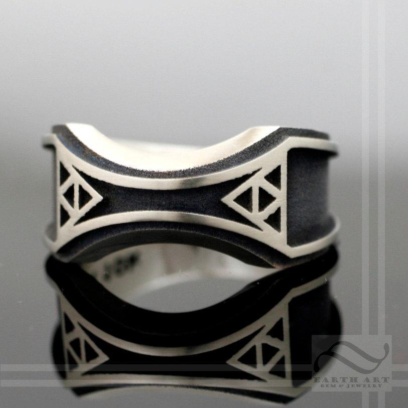 Свадьба - Mens Zelda Wedding Band -Sterling Silver