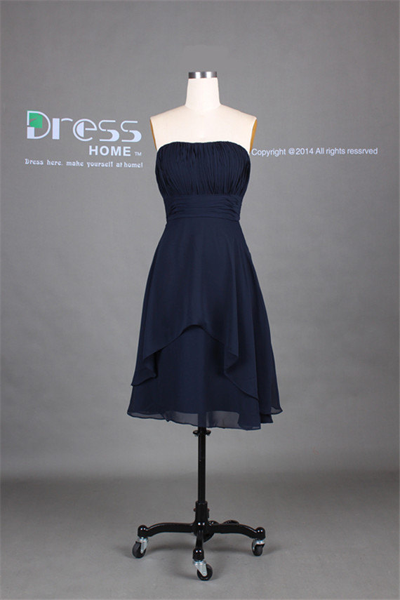 Mariage - Inexpensive Navy Blue Strapless Pleats Ruffles A Line Chiffon Knee Length Bridesmaid Dress/Simple Cheap Short Bridesmaid Dress DH255
