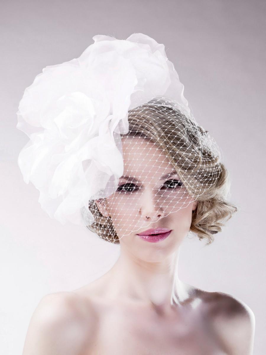 Mariage - Floral Delicate Headpiece - Bridal White Soft Cocktail Fascinator - Full Veil Wedding Accessory Handmade Designer Head Dress - Ella Gajewska