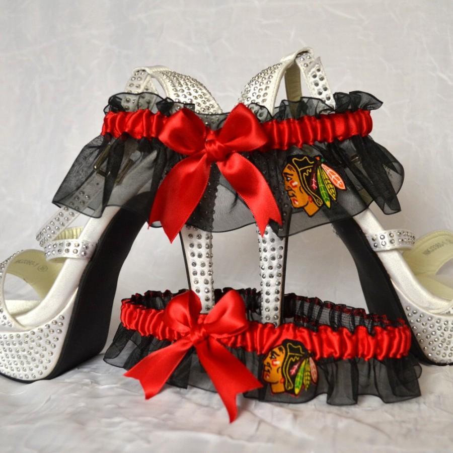 Свадьба - Wedding Garter Set Black Handmade with Chicago Blackhawks fabric