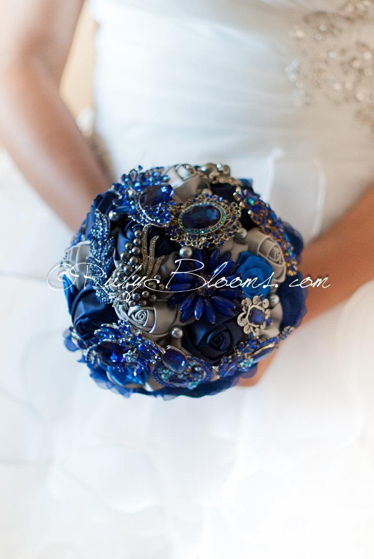 """Mariage - Royal Blue Wedding Brooch Bouquet. DEPOSIT """"Royal Blue"""" Navy Blue Wedding Bouquet. Crystal Blue Bridal Broach Bouquet by Ruby Blooms Wedding"""