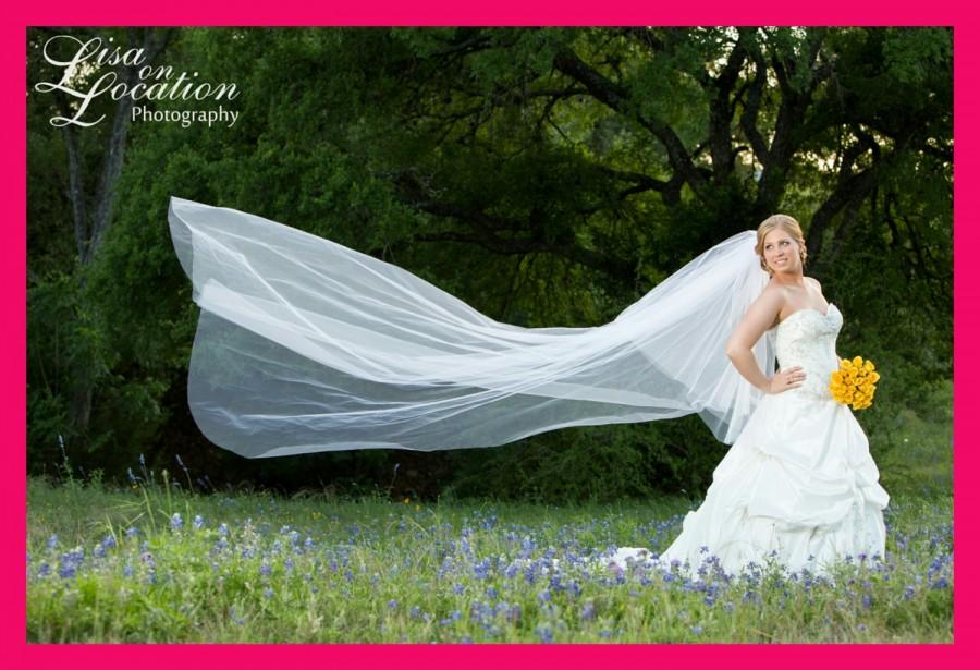 Wedding - Elegant Cathedral veil with blusher