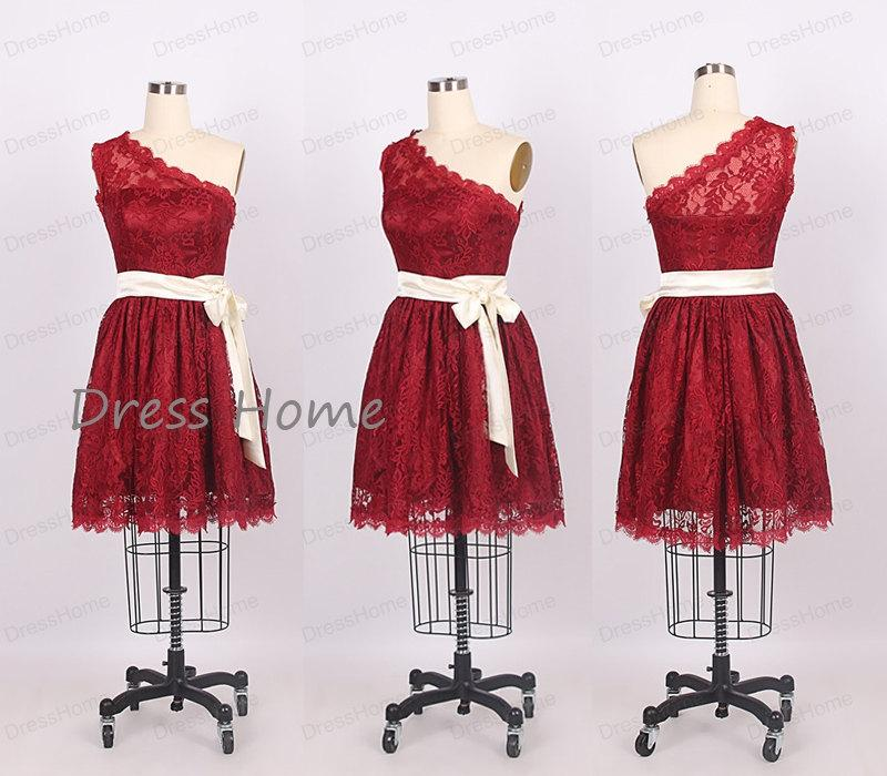 Mariage - 2014 Red One Shoulder Lace A Line Knee Length Short Bridesmaid Dress/Wedding Party Dress/Juniors Formal Dress/Cheap Bridesmaid Dress DH187