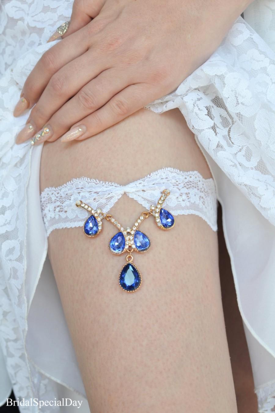 Mariage - White Lace Wedding Garter Set With Royal Blue Stone Applique Bridal Garter Set - Handmade Wedding Accessories