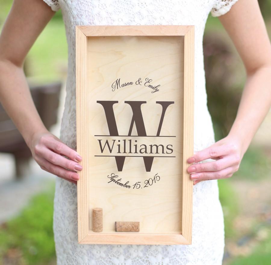 Свадьба - Personalized Wine Cork Keeper Custom Wedding Gift Rustic Barn Wedding Bridal Shower Present (Item Number NVMHDA1221)