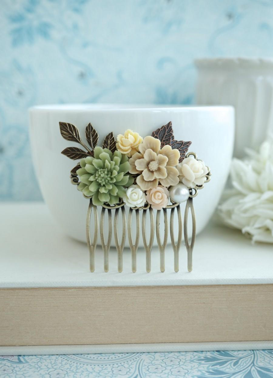 Mariage - Fall Shabby Wedding Comb. Nature, Brown, Green Rustic, Ivory Rose, Leaf Flower Hair Comb. Bridesmaids Gift. Green and Brown Country Wedding