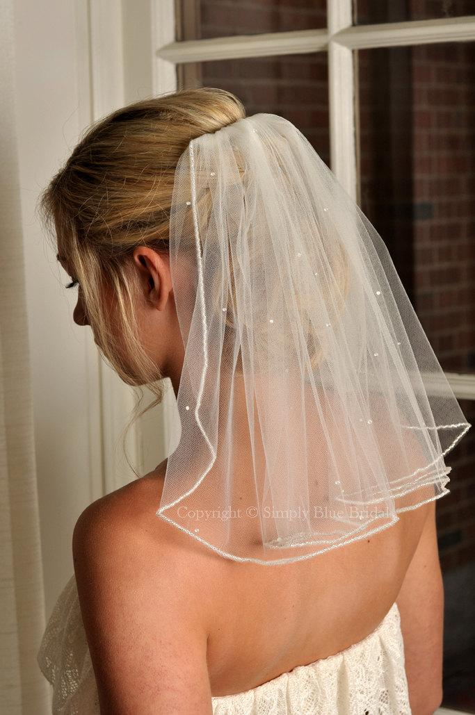 Wedding - Pearl Bridal Veil, Beaded Edge and Scattered Swarovski Pearls - Short Veil - Shoulder Length Veil - Wedding Veil