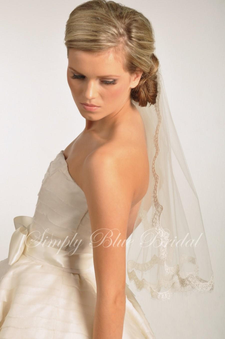 Mariage - Lace Trim - Elbow Length Veil with Alencon Lace Edge - READY to SHIP - IVORY