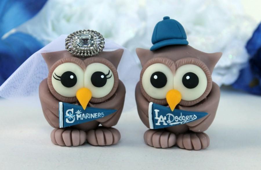 Mariage - Sport wedding owl cake topper, customizable love birds, baseball themed wedding, baseball pennants