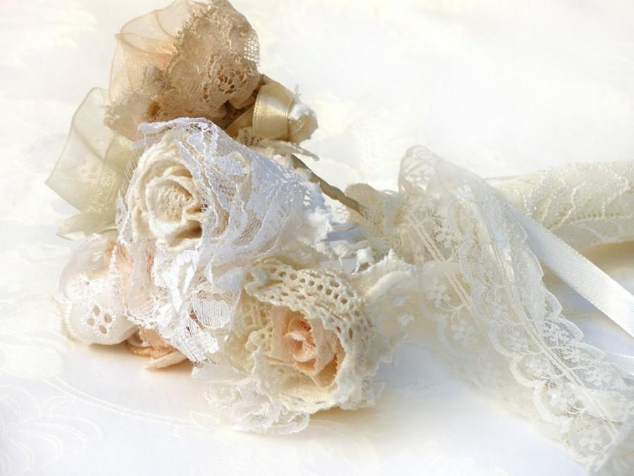 Mariage - 20% Off- Crochet  Lace Bridal Bouquet, Lace wedding flowers, Bridesmaid bouquet, Wedding  bouquet, Antique wedding, Shabby chic Bouquet