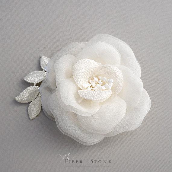 Свадьба - Pure Silk Bridal Hair Flower, Wedding Hair Flower,  Ivory Bridal Hairpiece, Lace Bridal Hair Clip, Wedding Hair Piece, Wedding Hairpiece