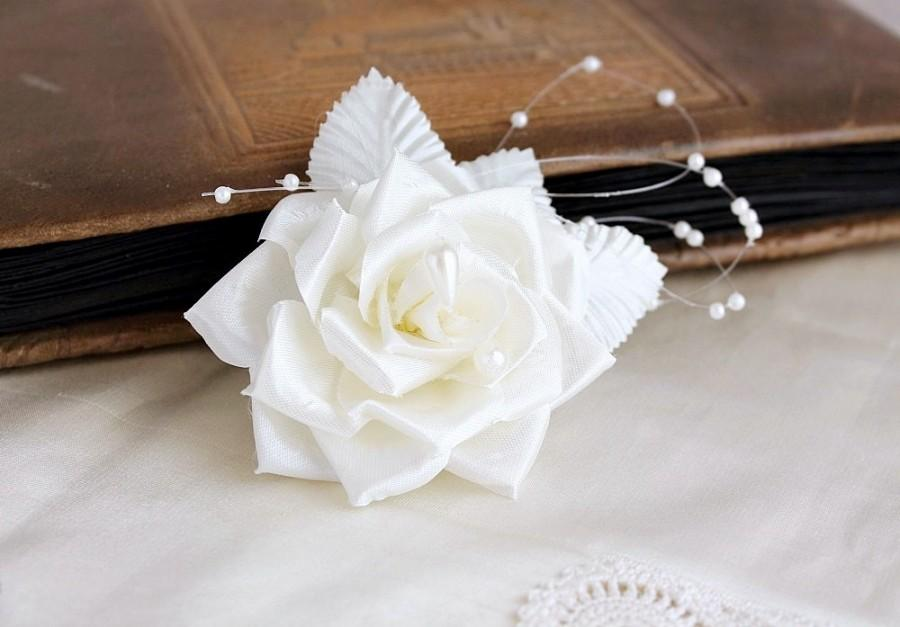 Mariage - Ivory Rose Hair Clip, Bridal Head Piece, Wedding Hair Clip, Cream Hair Flower, Ivory Bridal Clip, Flower Girl Flower, Bridal Hair Piece