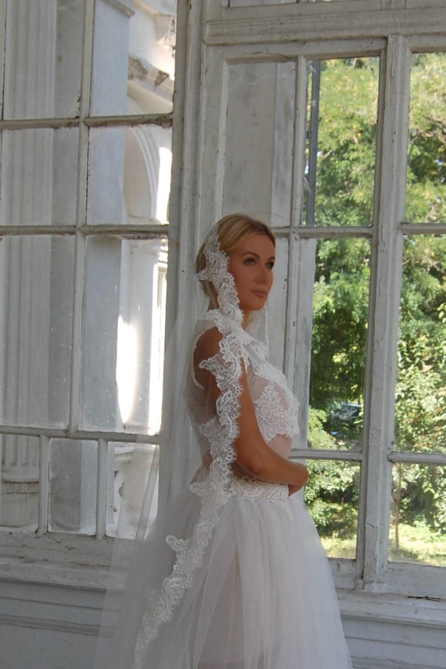 Свадьба - Mantilla veil, lace veil, Lace Wedding Veil, Unique Mantilla Veil, English Net Veil, Lace Veil, Blush Veil, STYLE 048  BELLA