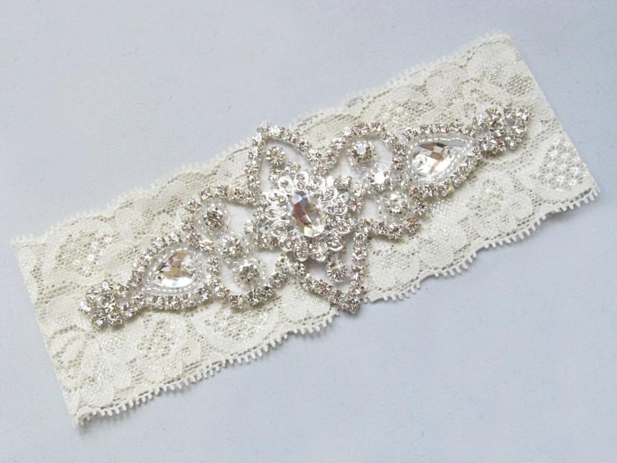 Свадьба - Wedding Garter, Crystal Rhinestone Lace Garter, Ivory Garter, Off White Garter, Bridal Garter, Single Garter, Custom Garter, Keepsake Garter