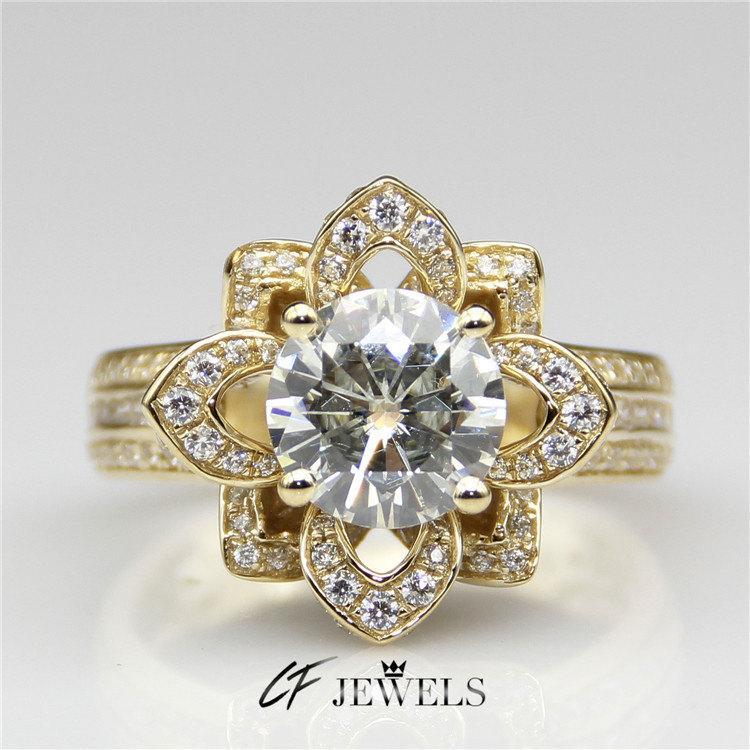 Hochzeit - 2ct Center Round Moissanite Lotus Flower Shape Vintage 14k Yellow Gold Engagament Ring(CFR0177-MS2CT)