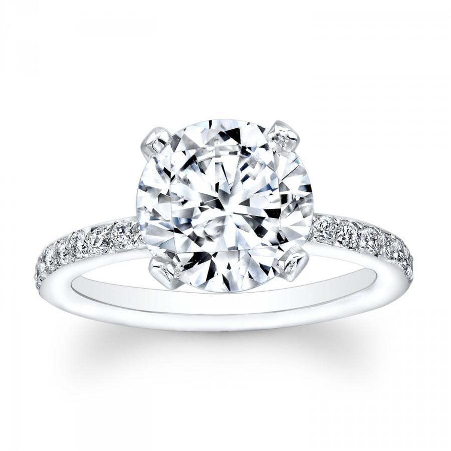 Hochzeit - Women's 14kt white gold antique diamond engagement ring with 2ct Round Brilliant natural white sapphire center 0.25 ctw diamonds