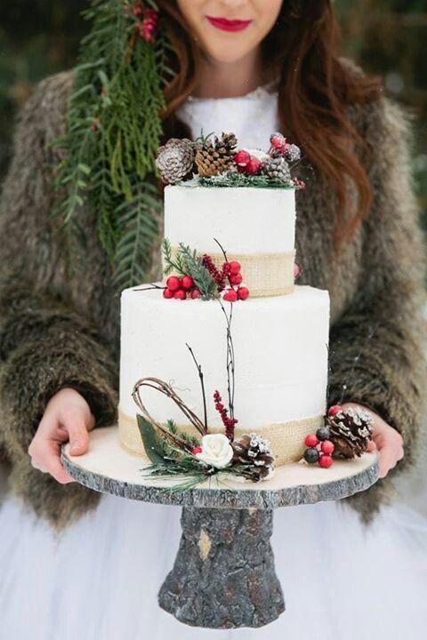 Hochzeit - 25 Oh-So-Festive Christmas Wedding Ideas