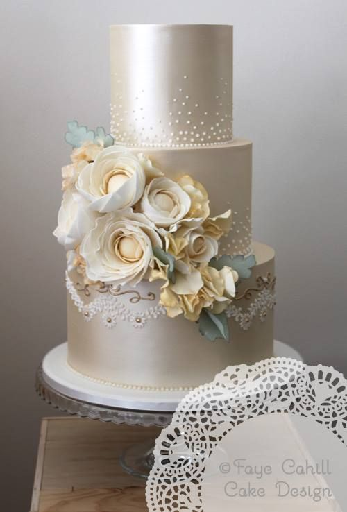 Hochzeit - 36 Wedding Cake Ideas With Luxurious Details - MODwedding