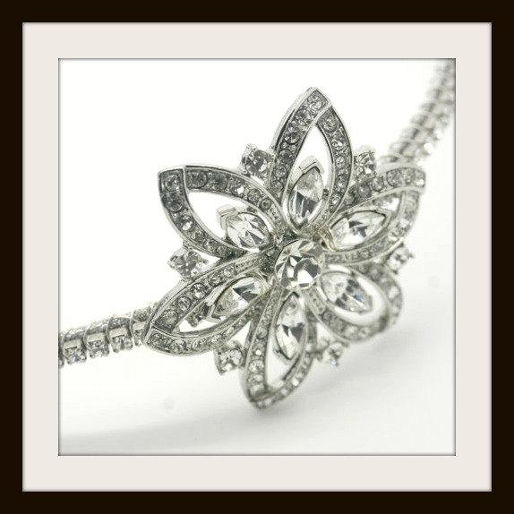 Свадьба - Side tiara , Swarovski crystal wedding side tiara,  vintage style wedding headpiece,  Rhinestone side tiara - ASTER FLOWER
