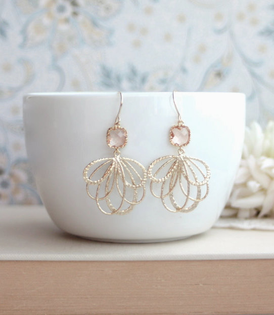 Hochzeit - Peach Wedding Earrings, Peach Feather Earrings, Champagne Blush Earrings, Blush Peach Earrings, Gold Feathers Earrings, Bridesmaids Earrings