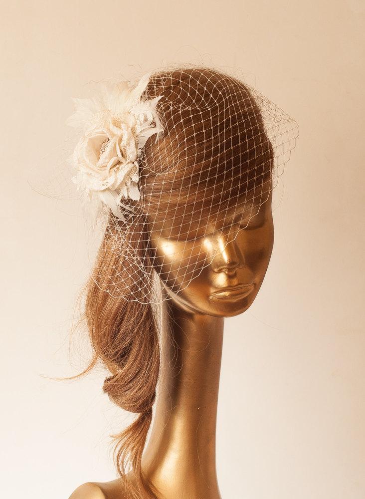 Свадьба - Ivory  BIRDCAGE VEIL with Cream Flower, Vintage Style Bridal FASCINATOR.
