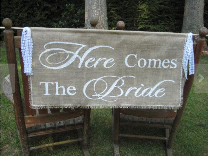 Свадьба - Here Comes The Bride Banner, Burlap Banner, Burlap Wedding, Rustic Wedding, Burlap Here Comes The Bride, Large Burlap Banner