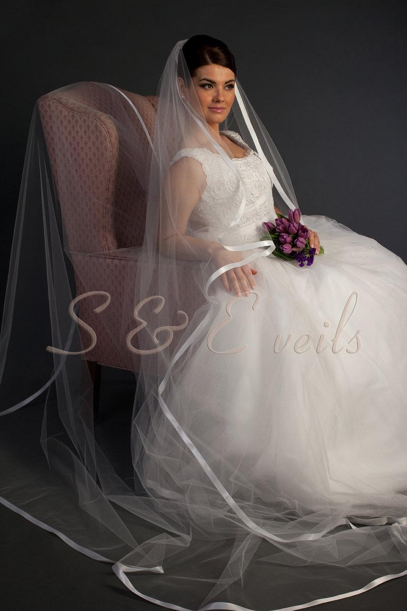 Mariage - Ready to ship: White Cathedral Cascading veil with ribbon, bridal veil, wedding veil