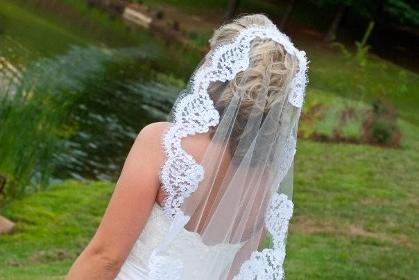 Mariage - Mantilla veil with Alencon lace - Lainie