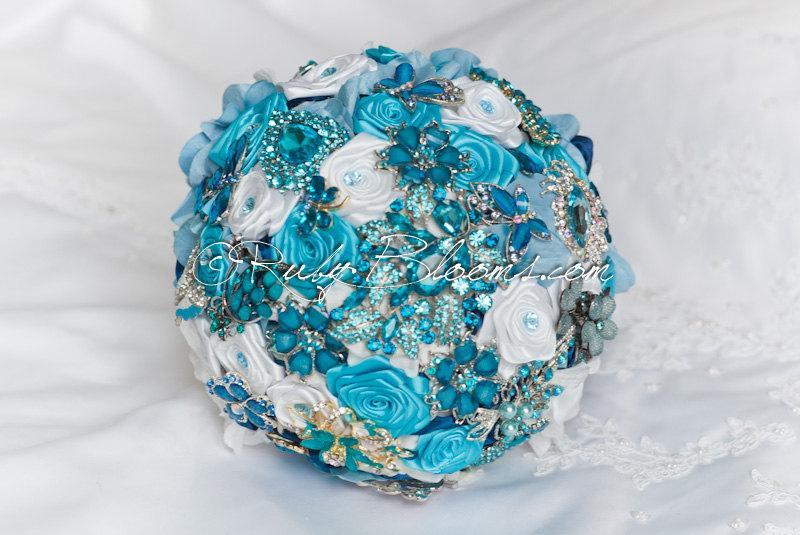 "Mariage - Turquoise Wedding brooch bouquet. Deposit - ""Sky Blue"" Keepsake Jeweled Blue Wedding Brooch Bouquet. Something Blue Bridal broach bouquet"