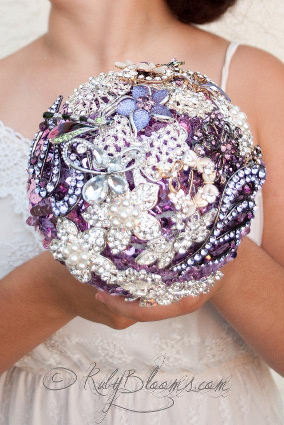 "Свадьба - Silver Lavender Wedding Brooch Bouquet, ""Lavender Petal"" Jewelry Wedding brooch bouquet. Purple, Bridal broach bouquet, Bridesmaid bouquet"