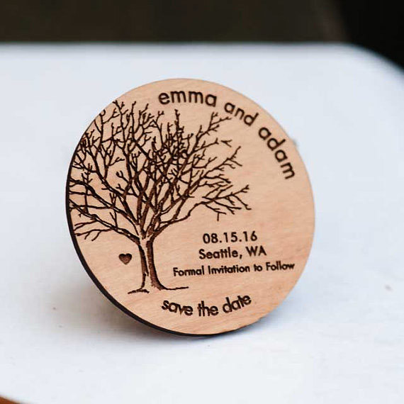 Mariage - 50+ Rustic Tree Save the Date Magnets - Laser cut and Etched on Wood
