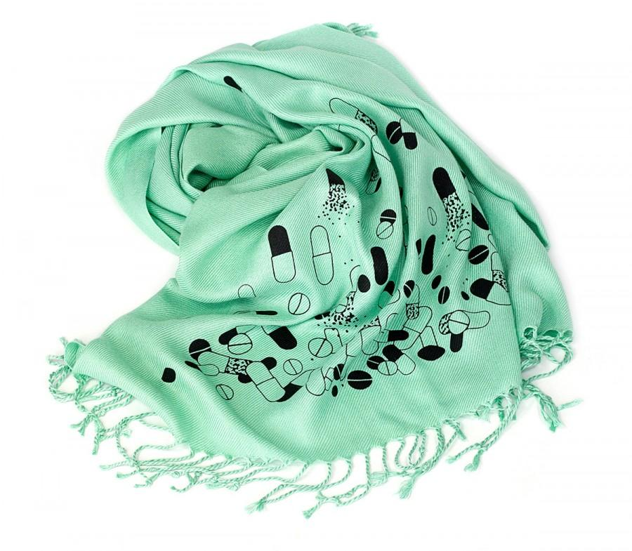 Свадьба - Hospital green Chill Pill scarf. Mint green Pill spill pashmina scarf. Perfect for doctors, nurses or pharmacists. More colors available!