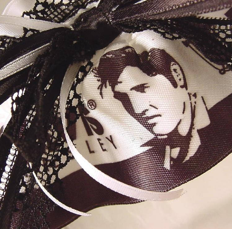 Свадьба - Wedding garter The ORIGINAL ELVIS at your WEDDING garter black and white satin and lace. Prom