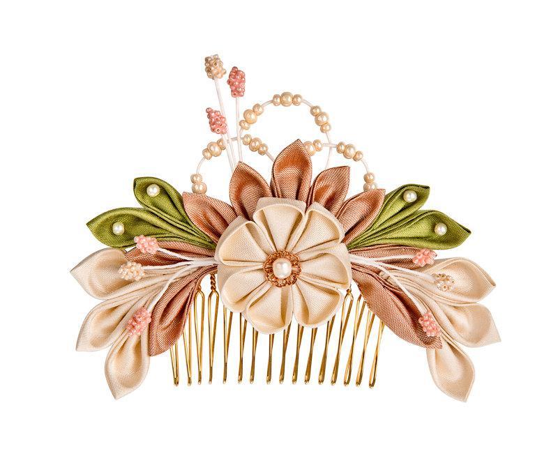Свадьба - Sakura Silk Flowers Bridal Headpiece Comb Japanese inspired Kanzashi