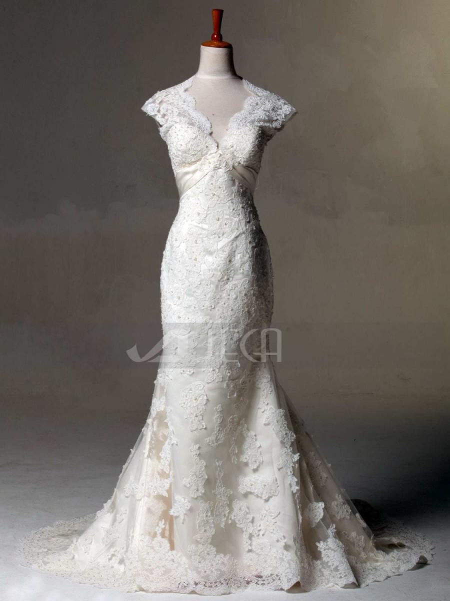 Vintage Inspired Lace Wedding Dress Keyhole Back Wedding Gown - Shabby Chic Wedding Dress