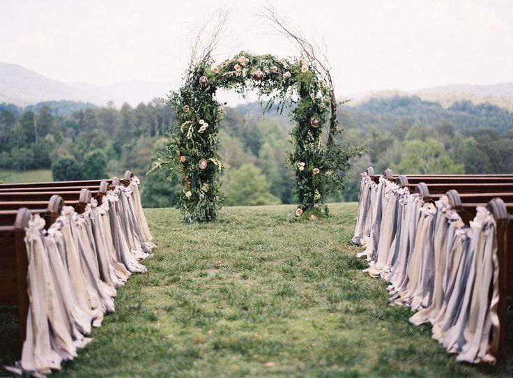 Mariage - 35 Fun Ways To Use Ribbon On Your Wedding Day