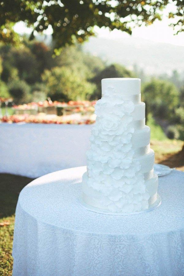 Свадьба - Ivory And White Italian Wedding At Vigna Chinet
