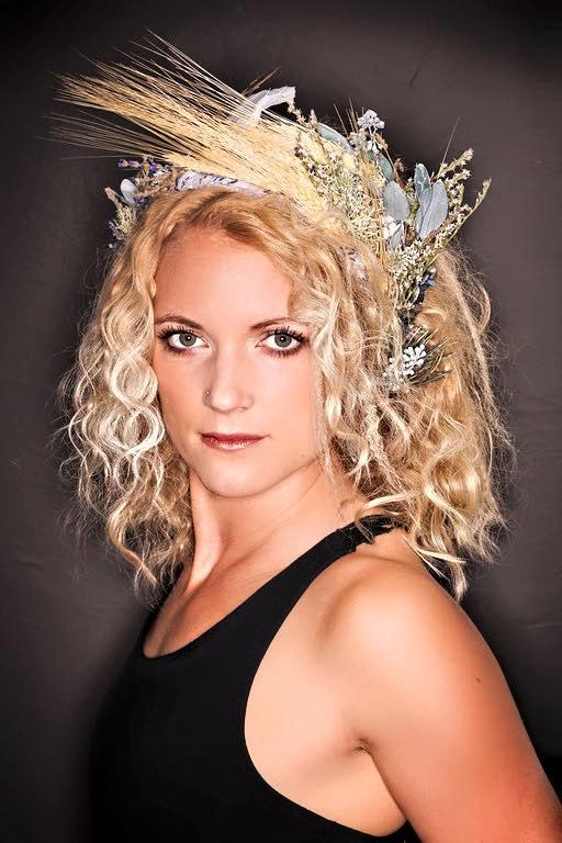 Свадьба - custom luxe bridal crown, wheat bridal crown, rustic wedding flower crown, boho flower crown, dried flower crown, prairie wedding, cream